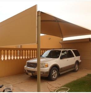 مظلات خارجية للسيارات في نجران