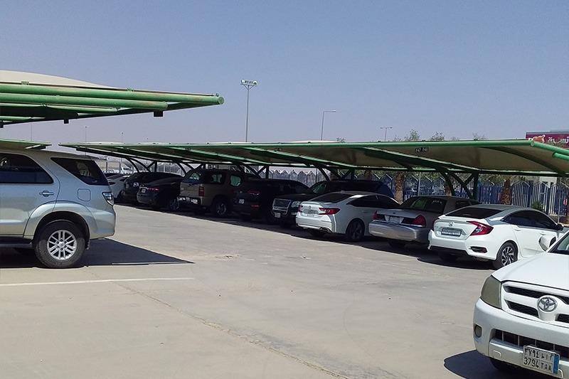 مظلات مواقف سيارات